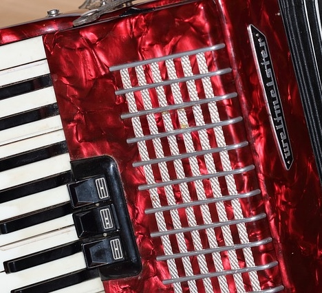 accordion-389760_640