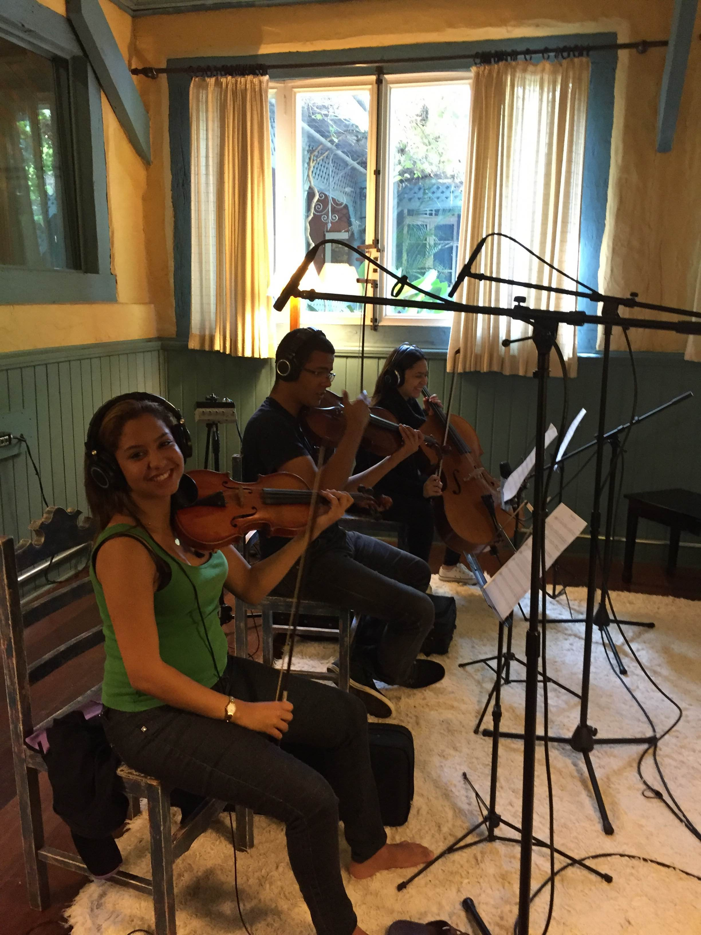 Gravação da composição vencedora - Gargolândia - credito Candy Nunes 2