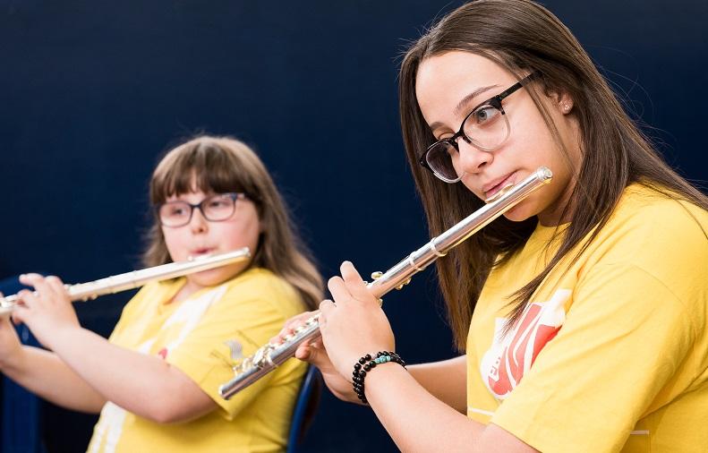 2480e535f4 Último dia para se inscrever no Projeto Guri  ensino de música com  qualidade e de graça 7 de dezembro de 2018. O Projeto Guri – maior programa  sociocultural ...